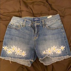 Old Navy embroidered jean shorts